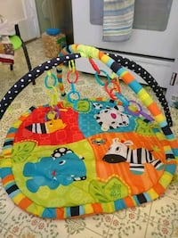 Baby mat with extra rings