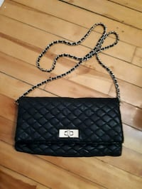 quilted black leather sling bag Montréal, H4L 2X5