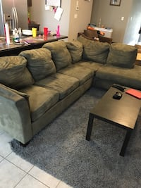 Large sectional couch Bradford West Gwillimbury, L3Z 0G2