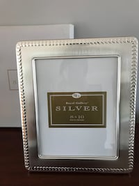 NEW silver picture frame by Royal Gallery