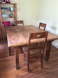 Farmhouse dining room table with 4 chairs Boerne, 78006