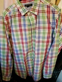 white, red, and blue plaid textile 671 mi