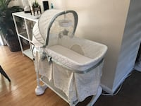 baby's white bassinet Mountain View, 94041