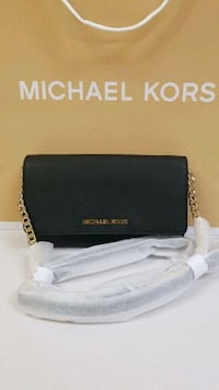 Michael Kors New crossbody purse Chicago, 60618