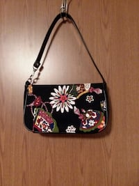 Small Black Floral Purse, p/u N.I.  New Iberia, 70563