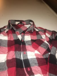 white, red, and black plaid collared shirt