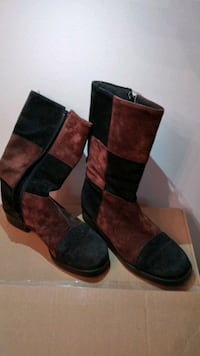 Black and brown suede size 6 waterproof boots Toronto, M5C 2H4