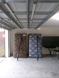 Two Twin beds and box springs with metal frames and Summerville, 29483