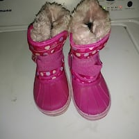 pair of pink snow boots