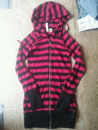 red and black stripe zip-up hoodie Westbank, V4T 2H2