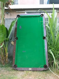 Pool table Bell Gardens, 90201