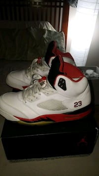 white-and-red Air Jordan 5 shoes Silver Spring, 20902