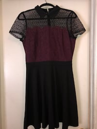 Black and Maroon A-line Howell, 07731