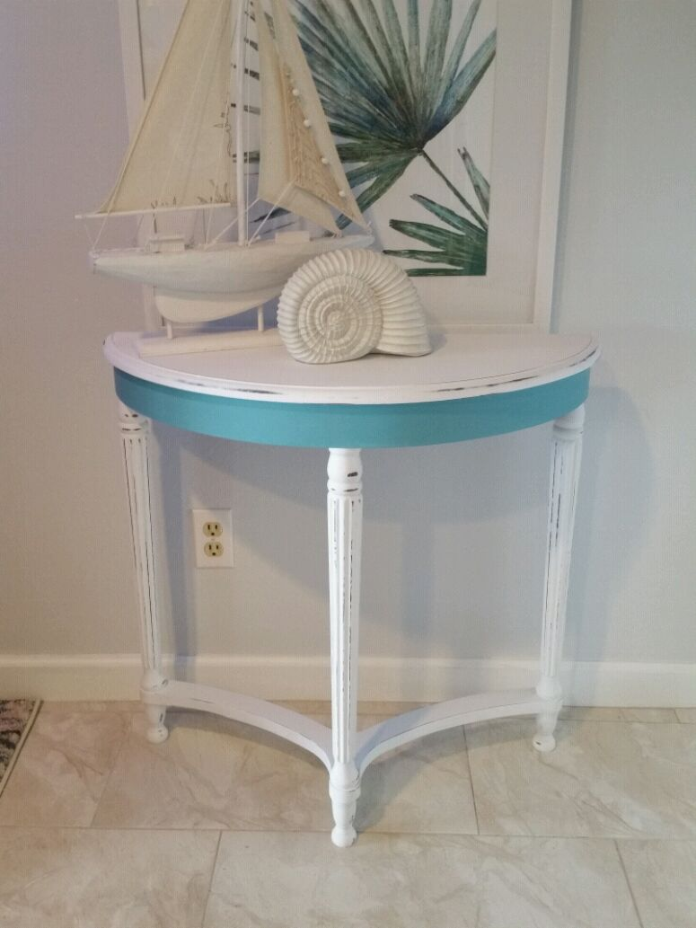Bombay White And Aqua Entry/Console Table
