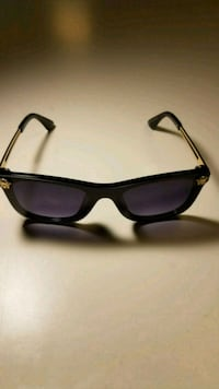 Versace sunglasses  Baltimore, 21201