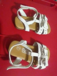 pair of white-and-brown sandals Anderson, 96007