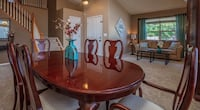 Gorgeous Dining Room Table w/Chairs & Hutch Littleton, 80129