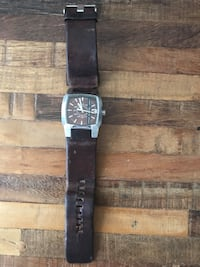 Diesel watch with brown leather strap New York, 11232