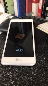 White lg android smartphone with box Shreveport
