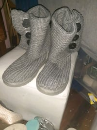 UGG Boots size 61/2
