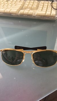 Gold-colored framed sunglasses Leesburg, 20176