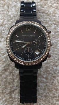 Authentic Michael Kors Watch - Women's Cambridge, 02138