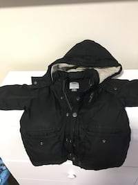 $3 old navy frost free coat very warm 3t Washington, 20002
