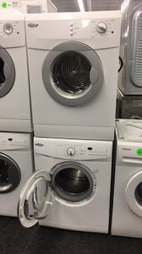 Washer and dryer set — warranty and delivery  Toronto, M3J 3K7