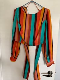 Colourful crop top with ties
