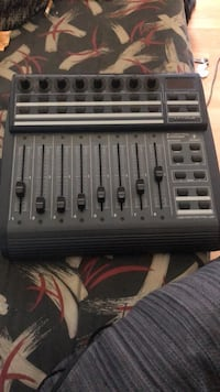 Gray and black Behringer Bcf2000 Fader Controller/Mixer 62 km