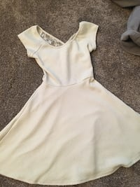 White Short Dress w/ Lace & Open Back Eden Prairie, 55347