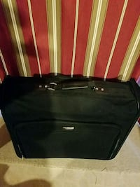 black soft-side luggage Winchester, 22602