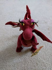 Dragon plush toy New York, 10021