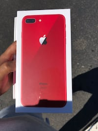 Unlocked 64 GB red iPhone 8plus (No Trades, No lowball) CASH ONLY !!!! East Hartford, 06108