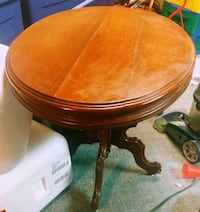 Antique pedestal table Grinnell, 50112
