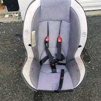 car seat Woodbridge, 22192