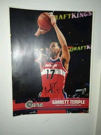 NBA/WNBA SIGN PICTURES