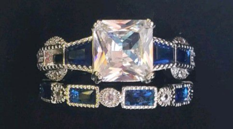 Sterling silver white and blue sapphire set 017b6eb0-57fc-4966-8ba8-7392ff47dcee