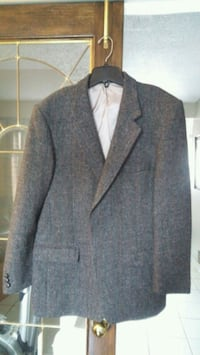 100% wool jacket Mississauga, L5N 2R9
