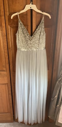 Bhldn Avery Dress size 6 (color: morning mist). Orig $250, worn once with limited signs of wear Tinley Park, 60477