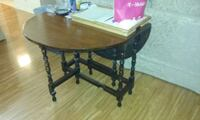 gateleg table Eagleville, 19403