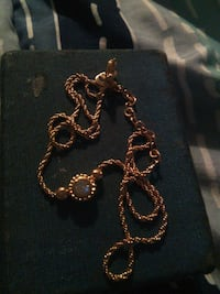 gold-colored chain necklace Delta, V4G 1K2
