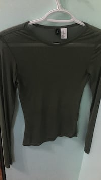 Long sleeve mesh shirt  Maple Ridge, V2X 9H5