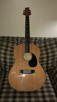 Dreadnought brown acoustic guitar