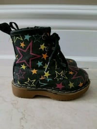Zip up Boots, Toddler 6 East Gwillimbury, L9N 0P5
