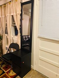 Mirror with drawer stand