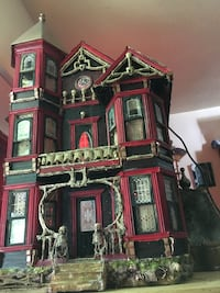 red and brown wooden house miniature Gaithersburg, 20879