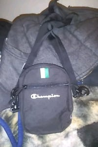 Champion black over shoulder adjustable bag