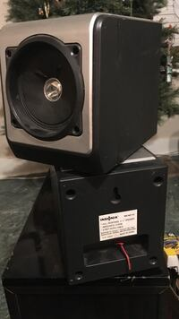 gray and black compact speaker