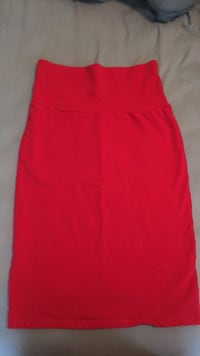 XL stretchy red pencil skirt 55 km